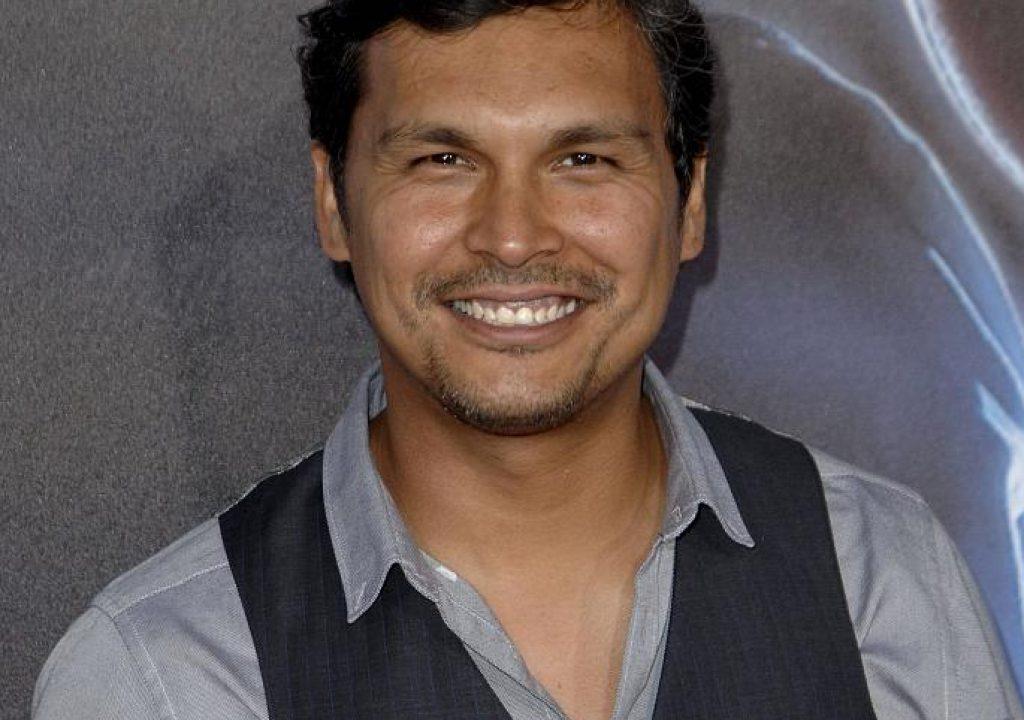 Adam Beach – Indianerspuren in Hollywood